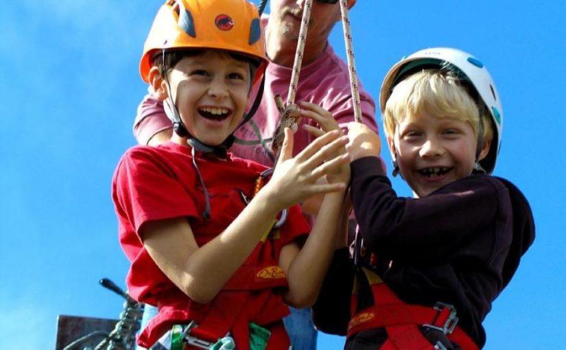 Cómo compartir fotos y vídeos de forma segura en tu campamento de verano